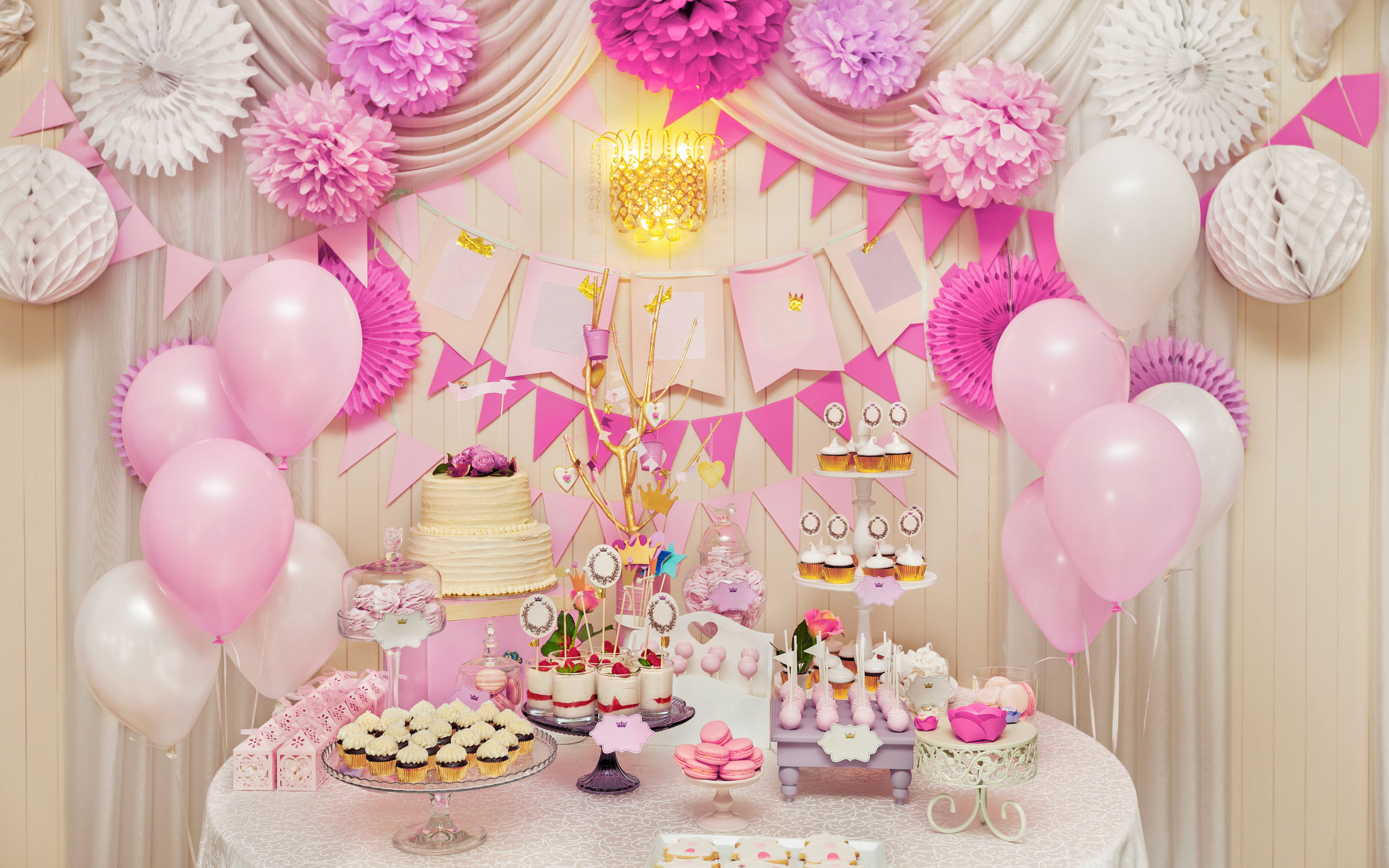 Candy Table Balloon Decoration